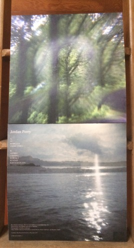 Front/Back Cover (above/below)